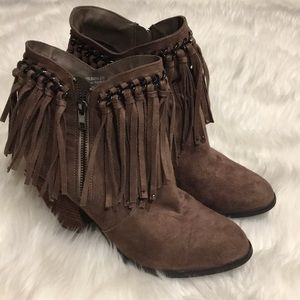 Not Rated Boots!! Size 8.5!💕